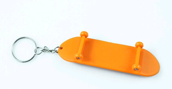 plastic sliding plate style keychain